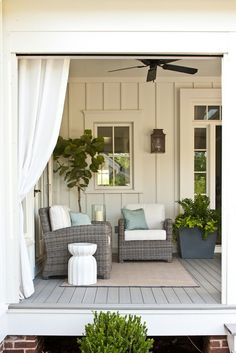 Great and beautiful outdoor patio and garden furniture brings comfort and function to the outdoor area. Possessing a spacious table and easy to use comfortable chairs in your patio can easily make a lots of Outdoor Spaces, Outdoor Living, Outdoor Patios, Outdoor Kitchens, Backyard Patio, Backyard Deck Designs, Porch Designs, Rustic Backyard, Modern Backyard