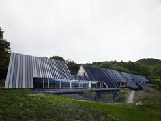 The Momofuku Ando Center of Outdoor Training That's it! Perfect roof line, alternating colour!!