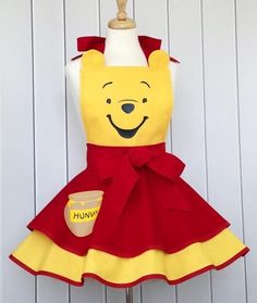 Winnie the Pooh Inspired Apron Disney Aprons, Robes Disney, Disney Dress Up, Princess Aprons, Winne The Pooh, Sewing To Sell, Custom Aprons, Sewing Aprons
