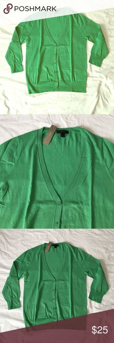 "NWT J Crew Lightweight V neck Cardigan Green M New, with tags, never worn.  Lightweight 3/4 sleeve Cardigan from j Crew.  Fabric is 100% cotton.  Size medium.  Armpit to armpit measures 17.5"", length is 22.5"", sleeves are 18.75"".  Cute color! J. Crew Sweaters Cardigans"