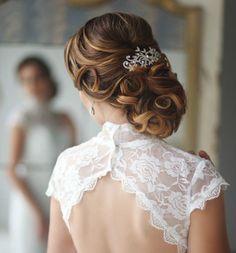 Uzun saçlar için düğün saç modelleri-8