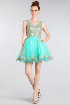 This homecoming dress has the perfect color combination. You will turn heads when you walk into the room in this gorgeous dress.