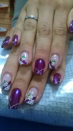 Uñas Fall Gel Nails, Summer Nails, Flower Nail Designs, Nail Art Designs, Purple Nails, Flower Nails, Holiday Nails, Nail Arts, Beauty Nails