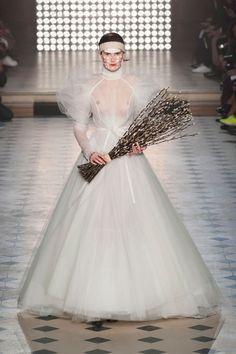 Vivienne Westwood at Paris Fashion Week Fall 2014 - Runway Photos Fashion Week, Paris Fashion, Runway Fashion, Fashion Show, Fashion Design, Fashion Brands, Vivienne Westwood, Bridal Gowns, Wedding Gowns