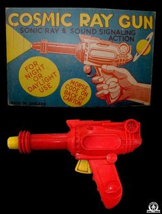 Space Guns - COSMIC RAY GUN - BELL TOY - ENGLAND - ALPHADROME ROBOT AND SPACE TOY DATABASE