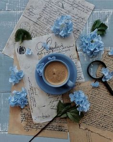 Light Blue Aesthetic, Blue Aesthetic Pastel, Aesthetic Colors, Book Aesthetic, Flower Aesthetic, Aesthetic Pictures, Coffee And Books, Coffee Art, Coffee Time