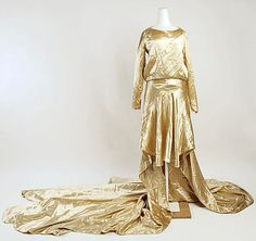 Wedding dress Date: 20th century Culture: American Medium: [no medium available] Dimensions: [no dimensions available] Credit Line: Gift of Hattie Carnegie, Inc., 1962