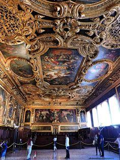 Ghid de calatorie Venetia, Italia, Venetia, Mestre, Piata San Marco, Palatul Dogilor, Podul Rialto, ce poti vedea in Venetia, Ce poti face in Venetia