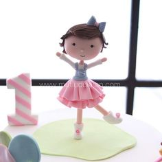 Little miss cutie 👧🏻 Sugar Art, Little Miss, Cinderella, Disney Princess, Disney Characters, Cake, Kuchen, Torte, Disney Princesses
