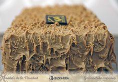 Turrón de #Intxaursaltsa, el sabor más tradicional de la navidad vasca. Podéis probarlo y conocer su historia asistiendo a una de las degustaciones que haremos este viernes y sábado, 18 y 19 de diciembre. Es gratuita y abierta al público. Solo hay que reservar plaza en nuestra web: http://www.bizkarra.com/promociones/promociones-en-la-actualidad/