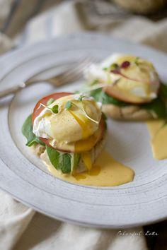 Paleo Crispy Bacon Eggs Benedict by Colorful Eats | a gluten free weekend breakfast