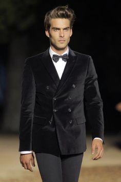 Mango - Jan Kortajarena - Not a fan of a bowtie but LOVE the jacket.