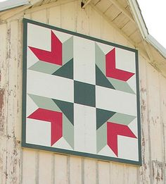Iowa Barn Quilt Patters Called Goose tracks in Grundy County Barn Quilt Designs, Barn Quilt Patterns, Quilting Designs, Painted Barn Quilts, Barn Signs, Barn Art, Flying Geese, Old Barns, Country Barns