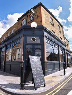 The Duke of Wellington Pub – 119 Balls Pond Road, Dalston / De Beauvoir Town, London