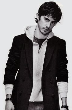 Milo Ventimiglia, hoody & blazer