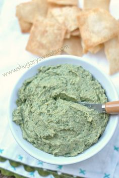 Spinach Artichoke Hummus: healthy and delicious!