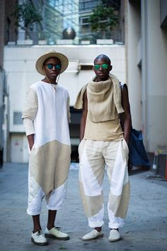 Chelsea Bravo x Durimel- It's even cooler that she sewed. The soceitie of el. - Streetwear Fashion about you searching for. Mode Masculine, African Men, African Fashion, Ankara Fashion, African Attire, African Dress, Mode Kimono, Inspiration Mode, Streetwear