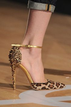 Dsquared² Pumps Leopard & Spikes Milan Fashion Week Fall 2012 #Shoes #Heels