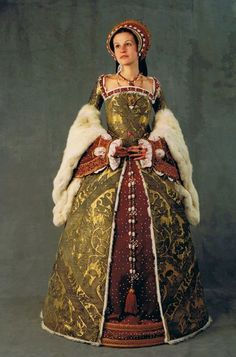 Reproduction of Katherine Parr's gown, ca. 1540
