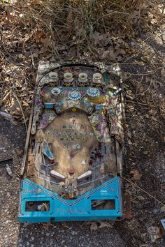 Abandoned pinball machine at Joyland. This is really neat! I would love to have something like this on my wall!
