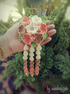 Cute Fabric Flower Brooch by Ainahafizah