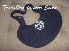 Trabalhos da vovó Sônia: Bolsa feminina fat bottom preta - crochê