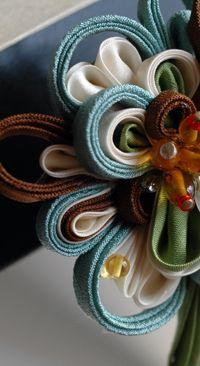 Days ・ つまみ簪 (-姫コ-): 作品: 野庵 yarn 着物小物のお店 (根付、帯留、かんざし、簪、和小物 等)