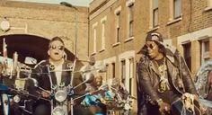 Dizzee Rascal - Goin' Crazy Lyrics and Video