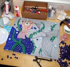 Mosaic Art Supply has a tutorial on how to create your own indoor mosaic art piece. They also have a cool mosaic calculator that you can use to figure out Mosaic Tile Art, Mosaic Artwork, Mosaic Crafts, Mosaic Projects, Mosaic Ideas, Mosaic Books, Mosaic Mirrors, Marble Mosaic, Mosaic Designs