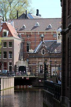 Oudezijds Achterburgwal, Amsterdam, Netherlands