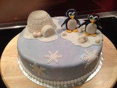 Pinguin-Torte mit Iglu