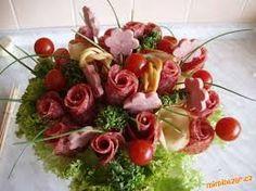 Shrimp with tempura - Clean Eating Snacks Creative Kitchen, Creative Food Art, Deli Platters, Party Platters, Deco Fruit, Food Bouquet, Edible Centerpieces, Sandwich Cake, Food Garnishes