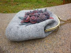 """Купить Сумочка радикюль с фермуаром """"Late roses"""" - серый, сумка ручной работы"""