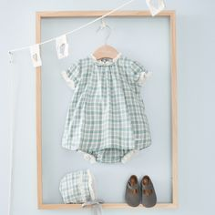Storing Baby Clothes, Baby Kids Clothes, Ideas De Boutique, Clothing Store Design, Baby Friends, Clothing Photography, Baby Store, Baby Wearing, Online Shopping Clothes