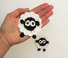 Crochet Sheep, Marque-pages Au Crochet, Crochet Motifs, Easter Crochet, Crochet Animals, Crochet Crafts, Crochet Stitches, Crochet Projects, Free Crochet