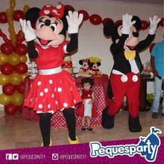 Mickey y Minnie Mouse Las mascotas de @disney estarán ahí para tu #fiesta llenando el evento de musica y color PequesParty Fábrica de Sonrisas! #mickey #minnie #mouse #disney #animacion #vzla #personajes #TodoIncluido #show #Paquetes #hotdog #fiestas #party #cool#love #activaciones #ventas #happy #Castillo #sonido #marketing #chill #yeah #brincabrinca #maracaibo #igersmcbo