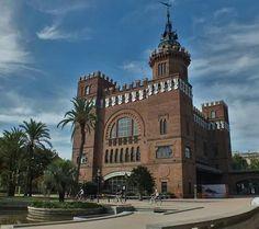 Castell dels tres dracs, Barcelona