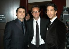 Pin for Later: 28 Award Show Moments That Will Make You Miss the Cast of Friends The guys looked handsome while backstage at the Emmys in The Cast Of Friends, Friends Tv Show, Friends Season, Friends Series, Matthew Perry, Joey Matthew, Joey Tribbiani, The Emmys, How To Look Handsome