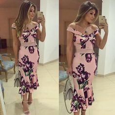 {Midi @jjmodas} Estampa linda, modelo sereia com ombros de fora! No varejo, já disponível no site da loja que envia para todo Brasil ♥️ • #ootn #selfie #blogtrendalert