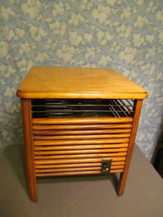 Mimms LowBoy Light Wood Table Fan Rare Excellent Cean Working Hassock Style NICE