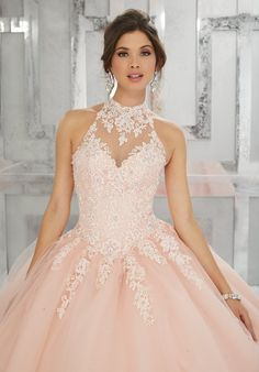 Beaded Lace Appliqués on a Tulle Ball Gown Classic and Feminine, this Quinceañera Ballgown Features a Lace Bodice Accented with Delicate Beading. A Full Tulle Skirt and Keyhole Corset Back Complete the Look. Xv Dresses, Prom Dresses, Wedding Dresses, Formal Dresses, Wedding Bridesmaids, Elegant Dresses, Long Dresses, Backless Dresses, Corset Dresses
