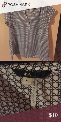 Milano dressy blouse Great condition milano Tops Blouses
