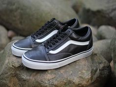 a085967c307 Buy Vans Smooth Leather Old Skool Classic Black True White Mens Shoes  Authentic from Reliable Vans Smooth Leather Old Skool Classic Black True  White Mens ...