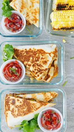 """Chicken Ranch Quesadillas + Meal Prep spicy chicken ranch quesadilla - the """"mexican spiced chicken"""" is just chicken cooked with taco seasoning.spicy chicken ranch quesadilla - the """"mexican spiced chicken"""" is just chicken cooked with taco seasoning. Lunch Snacks, Lunch Recipes, Cooking Recipes, Healthy Recipes, Meal Prep Recipes, Lunch Meals, Food Meal Prep, Meal Prep Dinner Ideas, Fitness Meal Prep"""