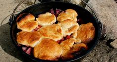 Dutch Oven Peach and Berry Cobbler Recipe | 50 Campfires