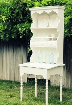Reuse those old furniture pieces! attatching a shelf to an old table?