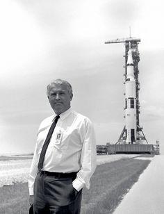 Wernher von Braun and the Saturn V