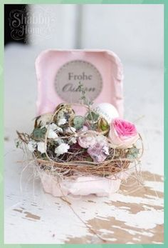 Ostern Shabby home Hoppy Easter, Easter Eggs, Easter Presents, Egg Carton Crafts, Easter Traditions, Deco Floral, Easter Holidays, Easter Table, Spring Crafts