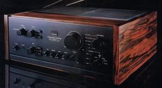 SANSUI AU-D907 Limited (launched 1979)