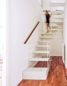 Stairs Francesco Librizzi studio uploaded by Katherine Aragon Interior Stairs, Interior Architecture, Interior Design, Loft Stairs, House Stairs, Wireframe Design, Casa Loft, Staircase Remodel, Modern Stairs